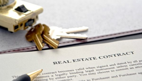 Real estate attorney, real estate lawyer